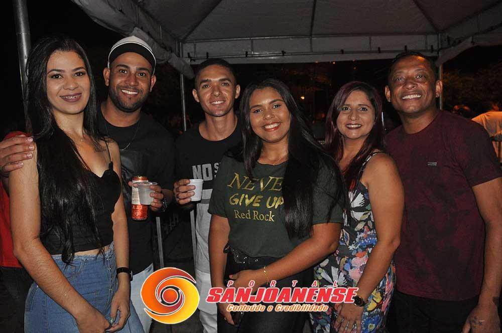 Show do Felipe Santos em Nova Santa Rita