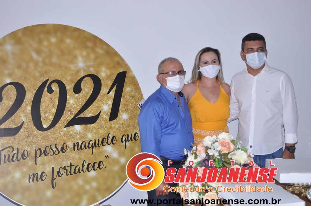 Gabriela, Leda e vereadores eleitos tomam posse em Capitão Gervásio Oliveira