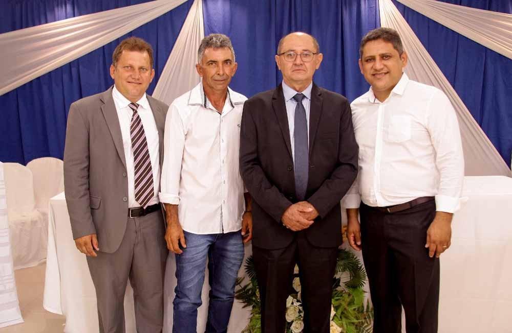 Veja como foram as posses dos vereadores, prefeito e vice em João Costa