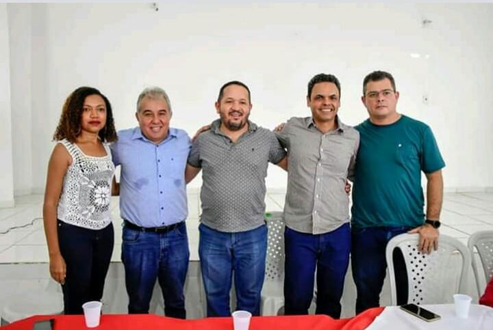 Adriana, Elias, Vilmar, prefeito Gil Carlos, Poroca
