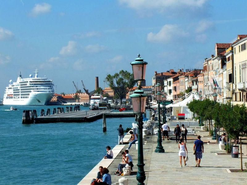 Câmara aprova projeto para vetar grandes navios em Veneza - (Foto: Pixabay)