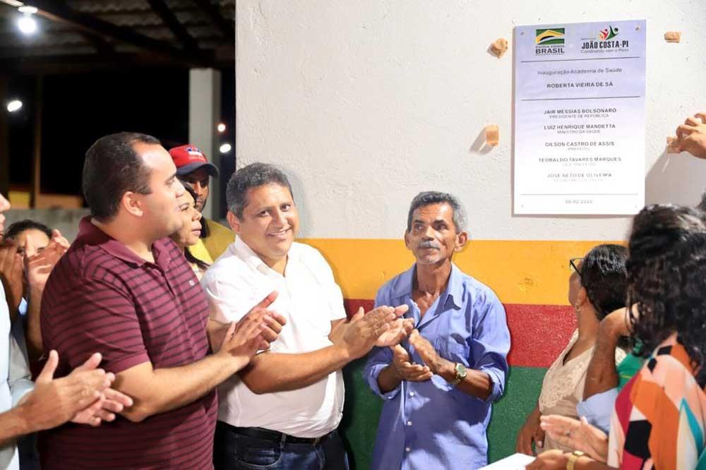 A Prefeitura de João Costa deu início às festividades da localidade Cambraia