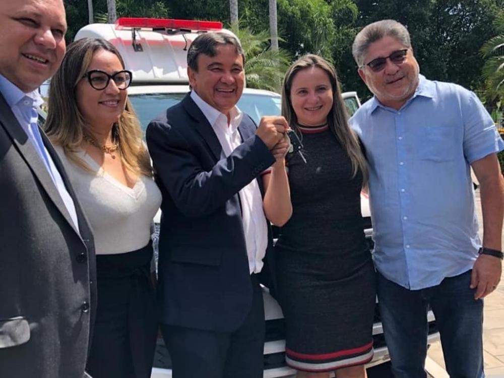 Município de Capitão Gervásio Oliveira é contemplado com nova ambulância