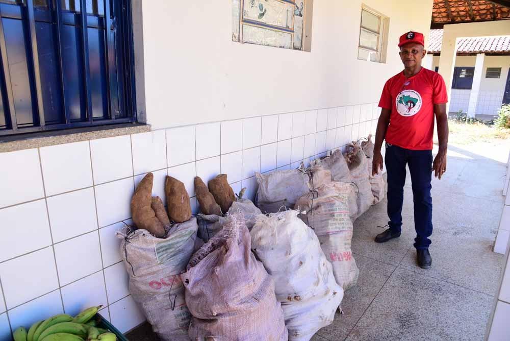 No feriado da Independência, MST distribuiu alimentos às famílias carentes em São João do Piauí
