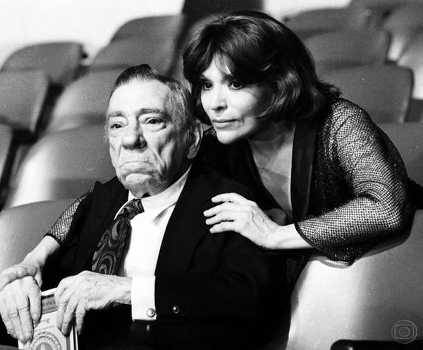 Bibi Ferreira com o pai, Procópio Ferreira, em 1978 — Foto: TV Globo