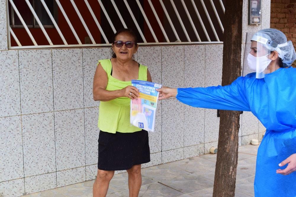 Secretaria de Assistência Social de Queimada Nova realiza surpresa aos idosos
